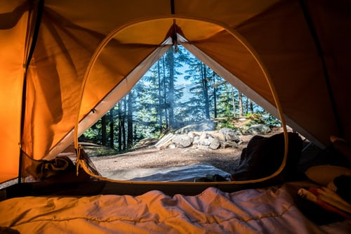 5 Ways to Use Clean Energy When You Go Camping